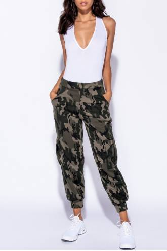 camouflage-print-pocket-detail-military-trouser