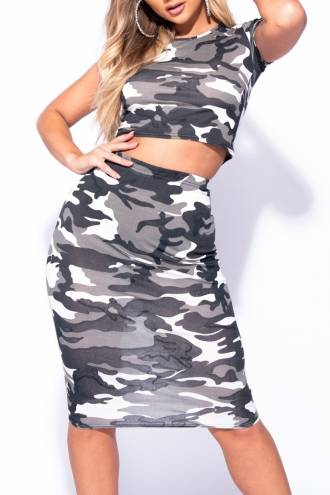 camouflage-print-short-sleeve-crop-top-pencil-skirt-co-ord-set