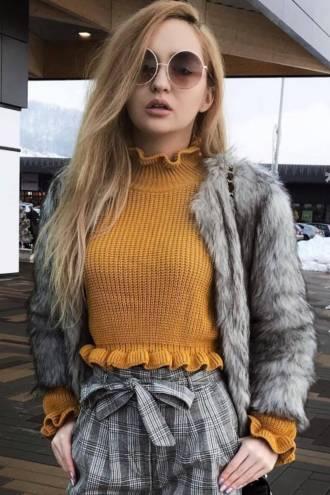 Pulover Andreea Galben